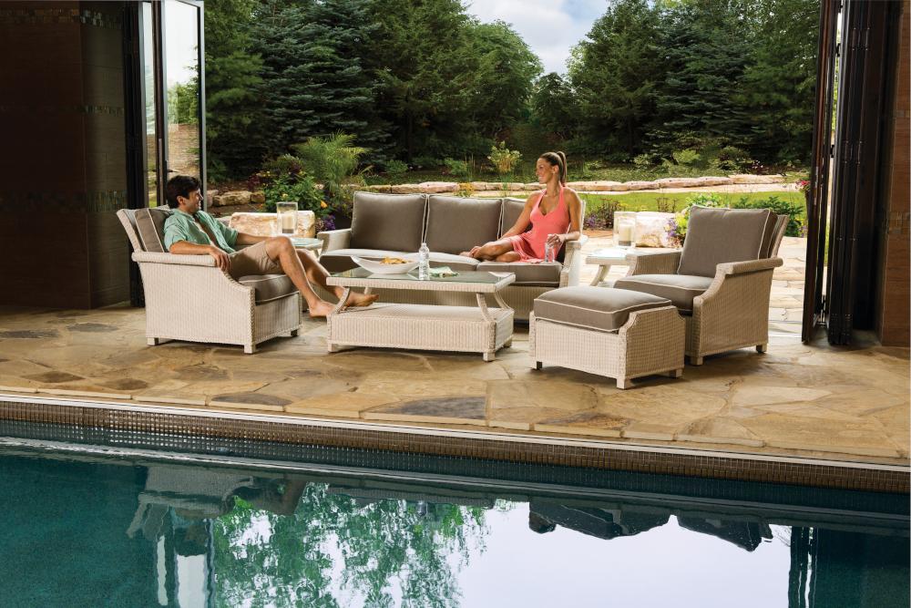 """Hamptons 42"""" Rectangular Cocktail Table"""
